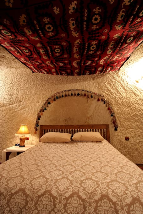 The bedroom in Sema cave.