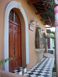 Casa Don Carlos - Gorgeous Colonial - Casa