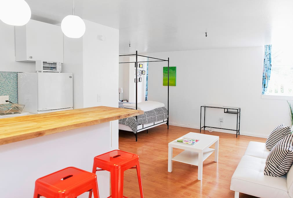 This is from the downstairs apartment, which is also on airbnb listed as Cool/Chic Cole Valley Apartment