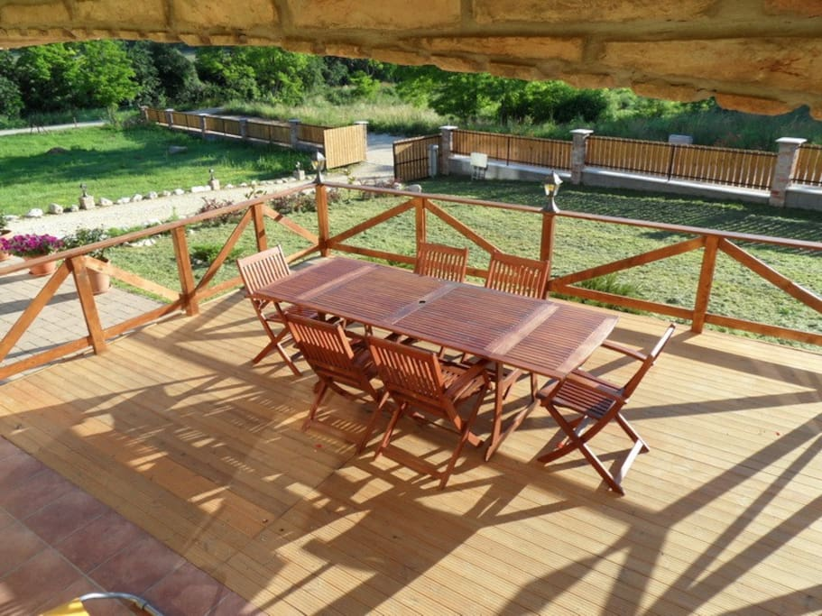 transition from the pool to the patio...