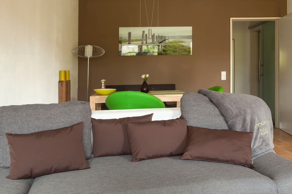 flat with balcony close to center apartments for rent in freiburg. Black Bedroom Furniture Sets. Home Design Ideas