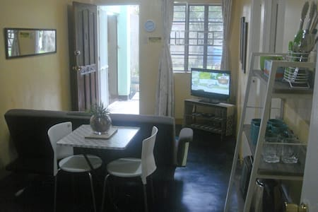 BEST VALUE 1 [Kitchen Garden 2Beds] Angeles Apart - Angeles - Lägenhet