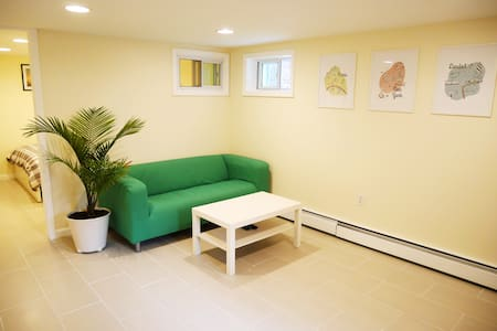 New One Bedroom with Parking - Casa