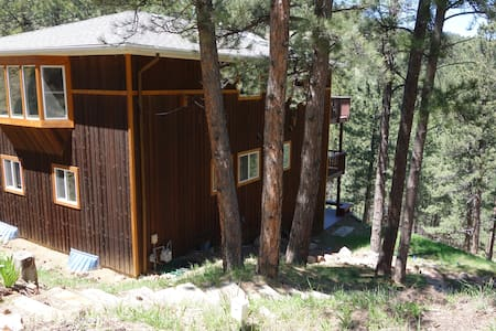 Tree House Retreat Mins From Town - Boulder - Hus