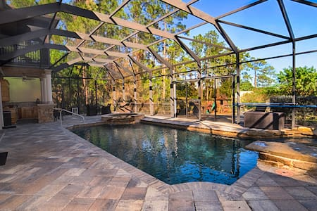 Tranquility Meets Luxury - Lehigh Acres - House