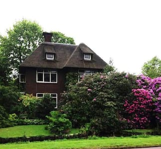 Countryhouse amidst Tulip fields-1 - Warmond - Villa