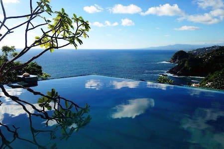 "Casa Chaman Acapulco ""Copal"" - Ev"