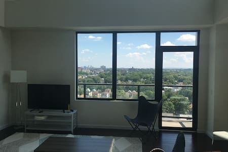 2 Bedroom Penthouse/20 Minutes from NYC (Balcony) - Appartamento