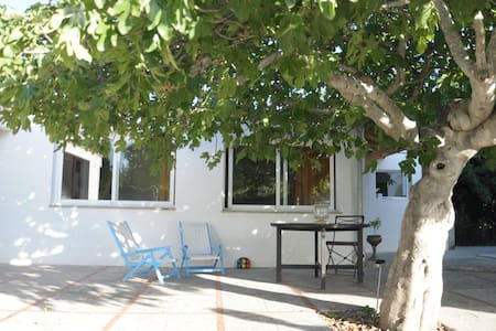 Independent cottage close to Palma - Casa