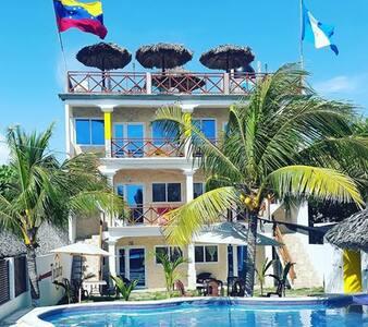Habitación Doble Playa Rosario Monterrico - Monterrico - Villa