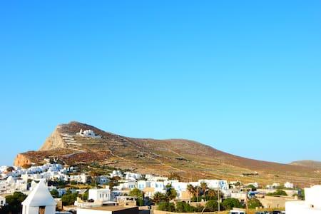 Folegandros,Aegeo Apartment - Bed & Breakfast