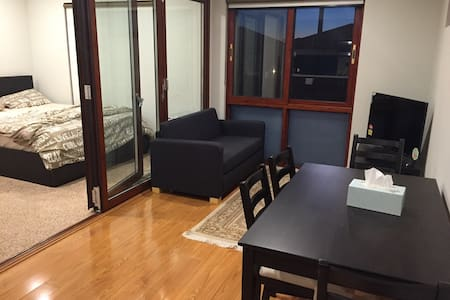 One Bedroom Furnished Apartment-Family style&clean - Apartamento