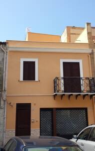 Casa Peonia a Capaci (PA) - Casa