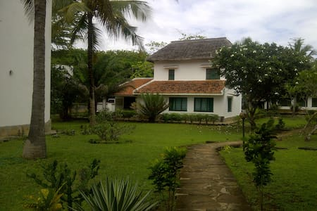 Awesome Beach house,ocean view,fully furnished - Kilifi