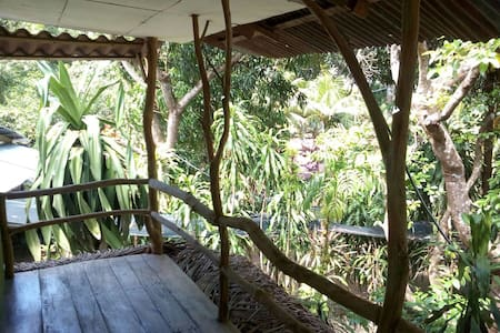 Cottage with two bedrooms and shared bathroom. - Paquera - Bed & Breakfast