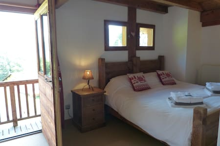 Luxury room with private balcony & Mountain views - Chalet
