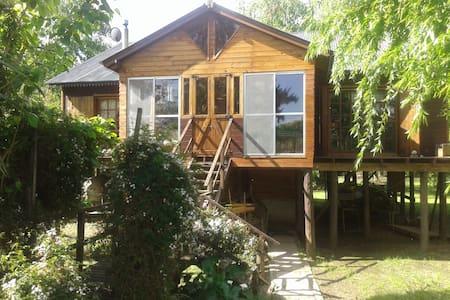 Isla Rio Lujan - Casa de campo