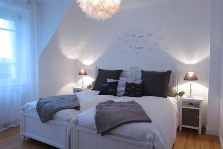 Maison Miramar chambre  vue mer - Wikt i opierunek