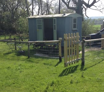 Shepherds hut in an idyllic setting - Chata