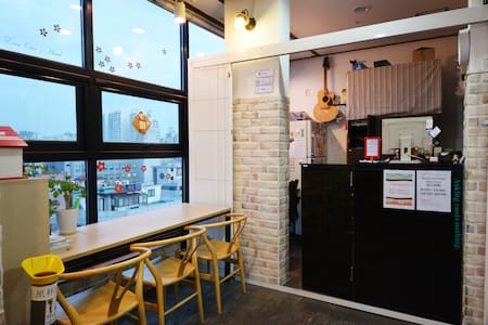 Sinchon/Hongdae - Private Single+1(2pax) room A503 - Guesthouse