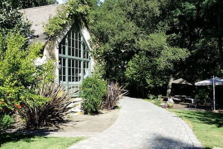 LUXURY ROOMS IN BEAUTIFUL ORINDA - Orinda - House