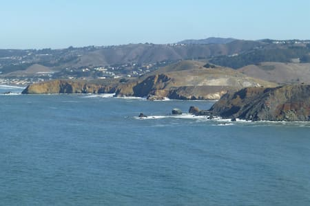 San Francisco's Cabo San Pedro at Pedro Point. - 獨棟