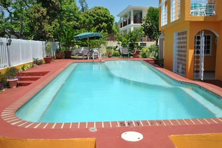 LA HACIENDA Silver Sands, Jamaica - Villa