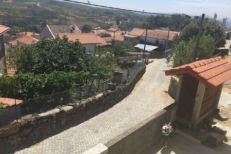 Chez cujo - Cujó