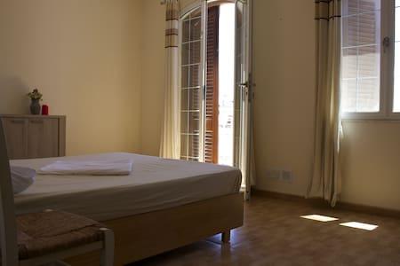 Sunny apartment - Ħal Għargħur - Lejlighed