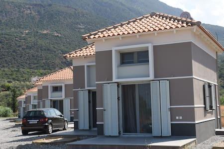 Alati - Sergoula - House