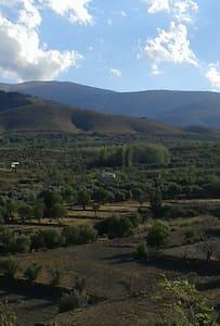 Casa Rural encantadora al pie de la Sierra. - Chalet