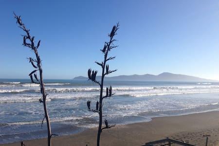 Perfect beach get-away - Paekakariki - Casa
