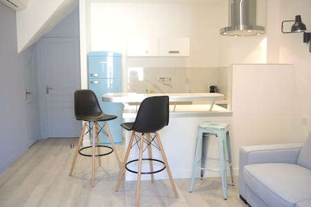 fisherman apartment revisited in CASSIS - Cassis
