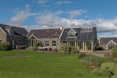 Spectacular Waterfront Property Ballydehob - Rumah