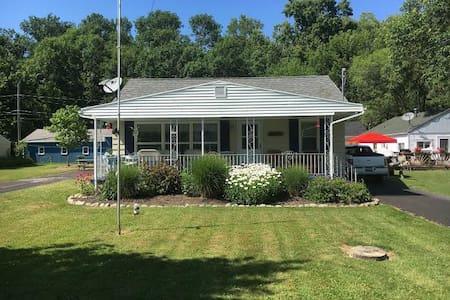 Lake Erie Beach House - Casa