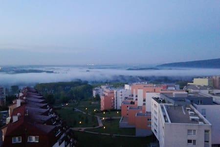Modern flat with great view - Bratislava - Byt
