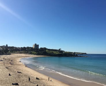 Private & Quiet 1 Bed Flat close to Coogee beach - Coogee - Lejlighed