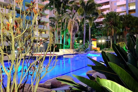 Beautiful Resort Styled 1B1B in CBD - Fortitude Valley - Lägenhet