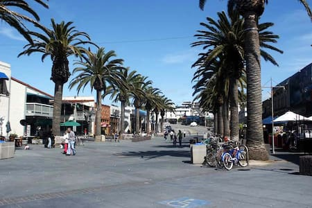 Beach Retreat-Walk to the Beach! - Hermosa Beach - Apartamento