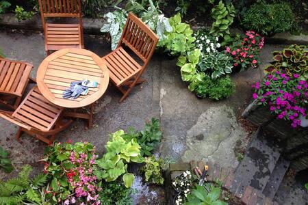 Stunning Private Garden Duplex - Greenwich Village - New York - Apartment