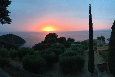 VILLA VELTA SEA SUNSET - DOUBLE - Porto Santo Stefano - Apartment