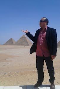 PYRAMIDS VIEW, EGYTOLOGY TOUR GUIDE - giza pyramids
