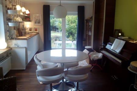 Elegante kleine Wohnung - Lotte - Kondominium