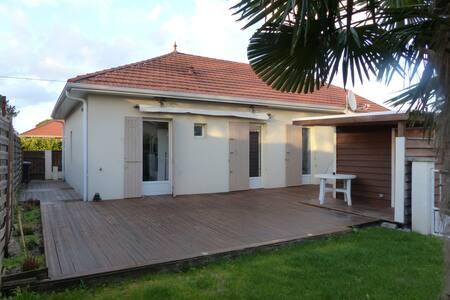 Maison entre bassin et océan - Lege-Cap-Ferret - Casa