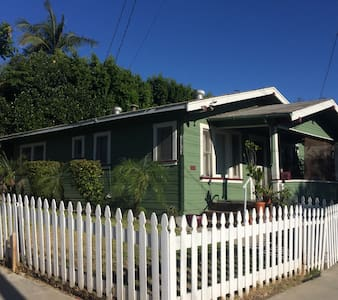 Small Home 1920s Craftman Bungalow - Whittier - Haus