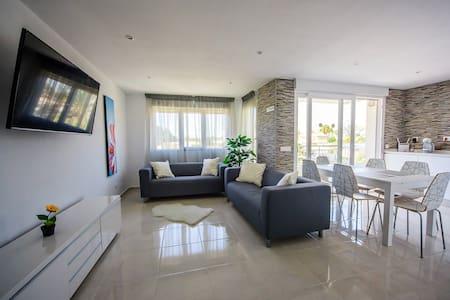 Apartment  La Zenia - Huoneisto