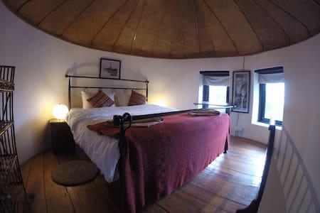 Maya Devi Village - Deluxe Lodge - Hut