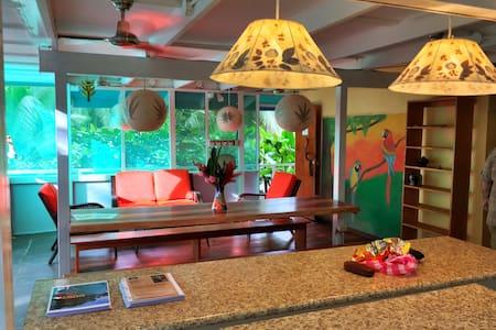 Beachfront Jungle Villa fits 16! - Puerto Viejo