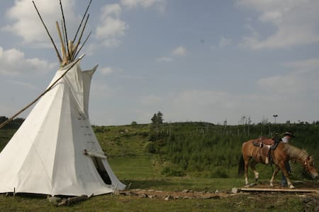 Little Tipi on the hills of Donegal-Farmstay IIII - Ballyshannon
