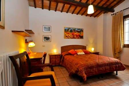 Rooms in villa with breakfast - Huvila